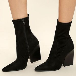 KENDALL + KYLIE Felicia Faux Suede Size 10 boot